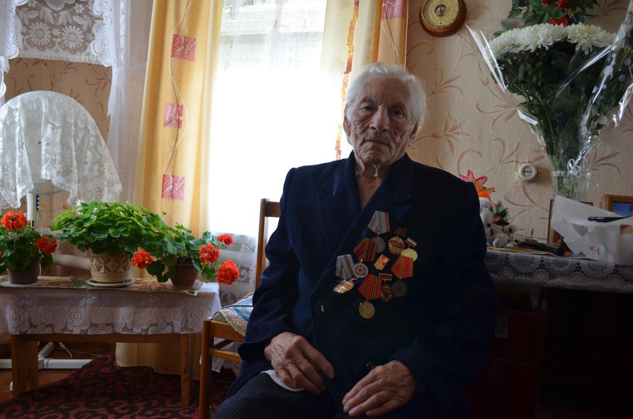 Сегодня 90-е дни рождения отмечают жительницы Петровска Таиса Ивановна Егорова и Павлина Николаевна Иванятова