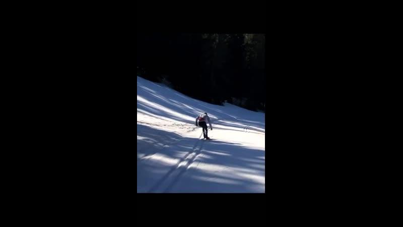 Фабьен Клод катается на лыжах (февраль 2021)