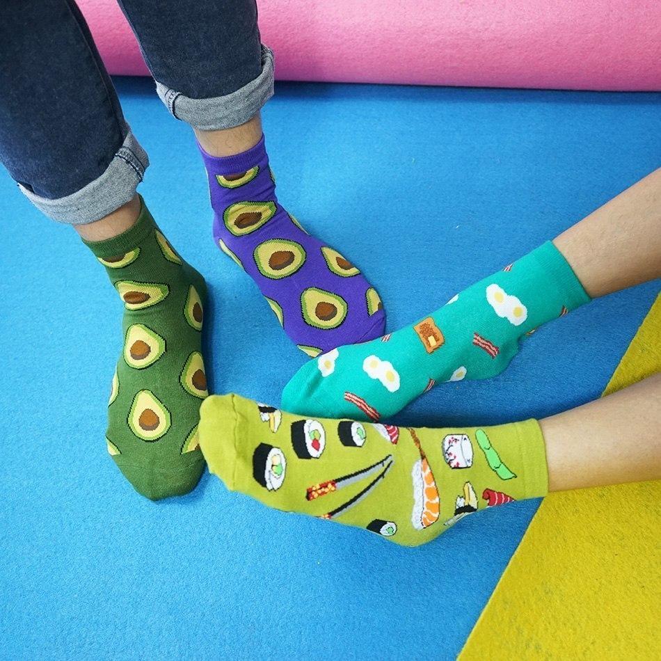 Разноцветные носочки -