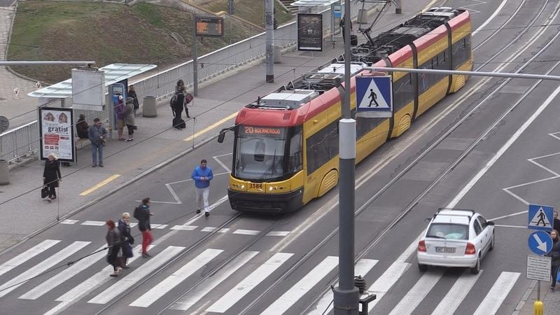 Трамваем быстрее чем машиной. Можливо все.
