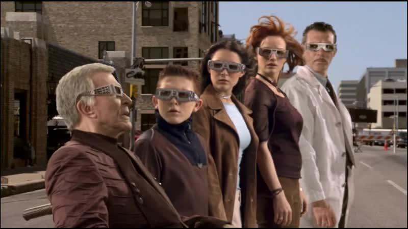 Вызываю всех кортесов до единого! Момент из фильма - Дети шпионов 3.