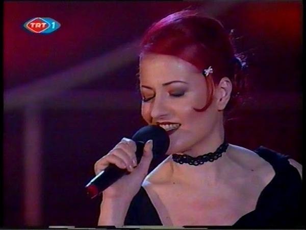 Candan Erçetin - Anlatma Sakın (2003 Yılbaşı)