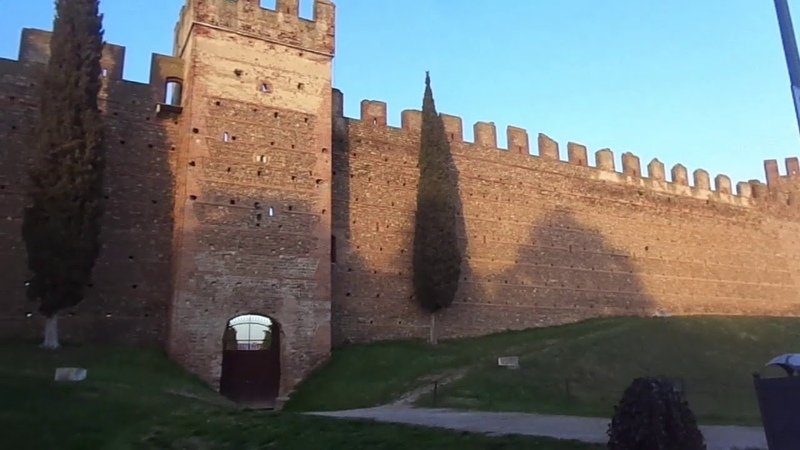 Эпидемия коронавируса Виллафранка Венето Италия