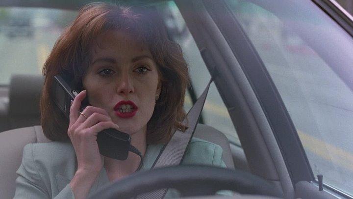Рука, качающая колыбель 1992 - триллер, драма - США - Кёртис Хэнсон - Аннабелла Шиорра, Ребекка Де Морнэй, Мэтт МакКой, Эрни Хадсон