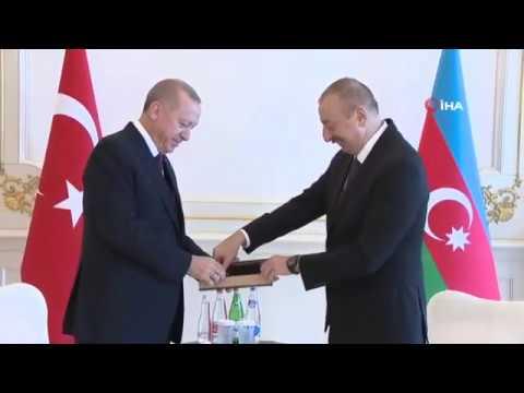 Cumhurbaşkanı Erdoğan, İlham Aliyeve tesbih hediye etti