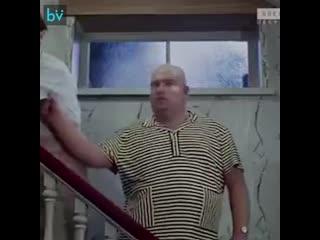 он Пенн, Аль Пачино и А. Шварценеггер в роли Труса, Балбеса и Бывалого
