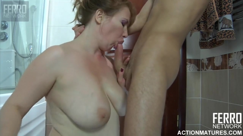 A YOUNG RUSSIAN BOY AND MATURE RUSSIAN WOMAN Creampie, Mature, MILF, Anal, Russian,