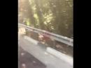 На федеральной трассе в Сочи ВАЗ врезался в отбойник