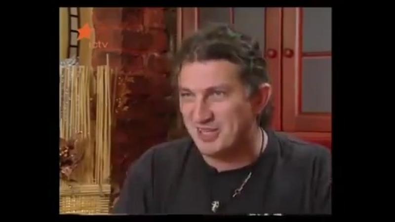 Кузьма Скрябін розповів анекдот про червону шапочку.
