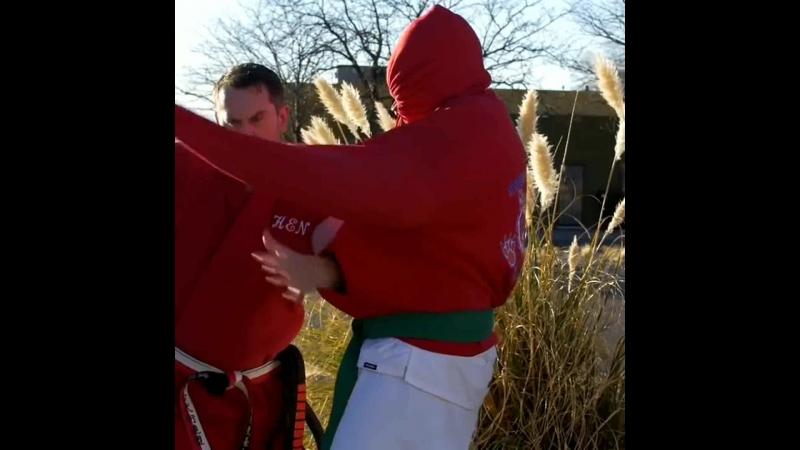 Master Ken - Defense against a Hoodied Hoodlum.