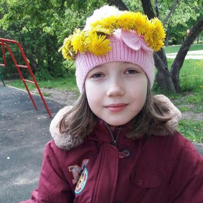 Кира Дмитриева