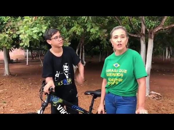 Advogado agride garoto de 14 anos por usar camiseta do Bolsonaro