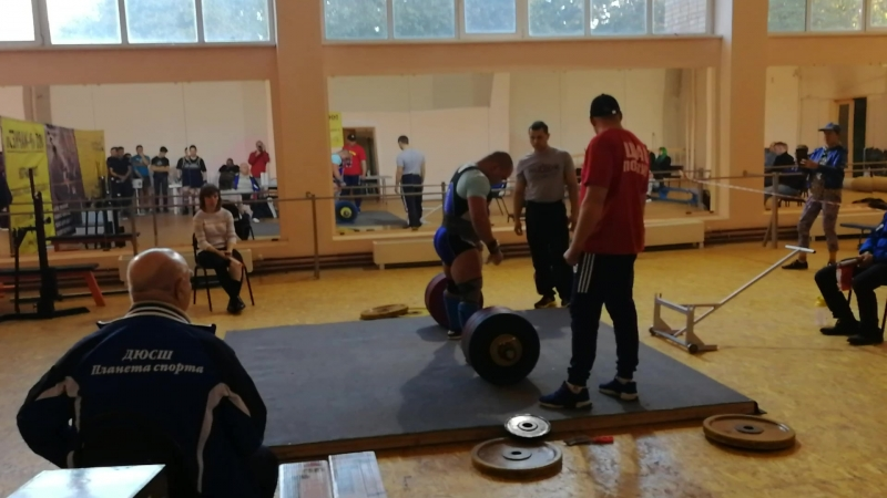 Рыбин Николай 280 кг в 93