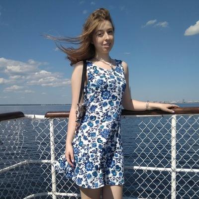 Екатерина Столярова
