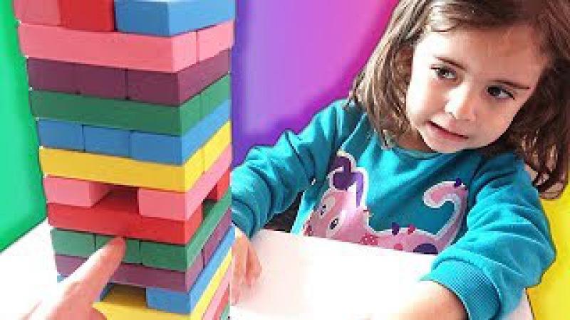 CEMRE SU İLE RENKLİ JENGA OYNADIK BAKALIM KİM KAZANDI  Eğlenceli oyun çocuk videoları izle » Freewka.com - Смотреть онлайн в хорощем качестве