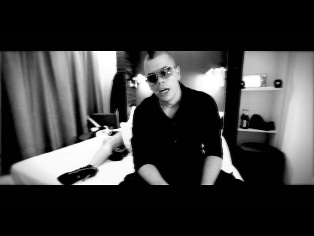 Faderhead - Inside Of Me (Official Music Video)