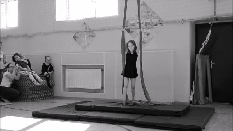 Соня Вдовина, 4 месяца занятий воздушной гимнастикой