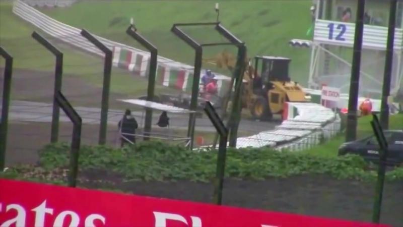 Jules Bianchi onboard accident Crash crane !! nuevo video accidente grua Japan Suzuka formula 1 - YouTube