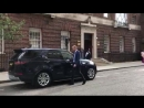 The Duke of Cambridge departs St Mary's Hospital to see Prince George and Princess Charlot.mp4