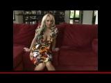 Зрелая блондинка Holly Halston с огромными грудьми