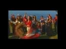 Кармелита и Люцита соревнуются в танце.