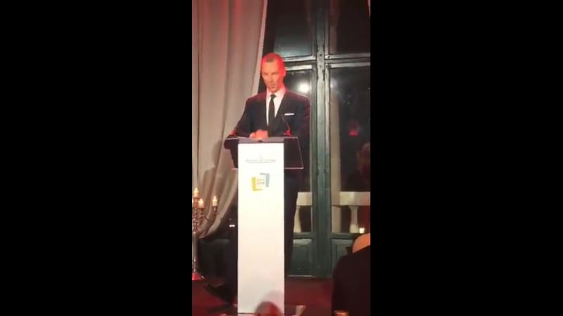 Sophie introduces Benedict to read for Letters Live at the Jaeger LeCoultre gala yesterday full video includes Thom Yorke