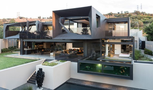 Стальной дом в Йоханнесбурге