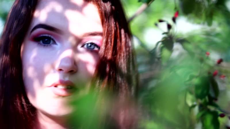 Александра в цвету.