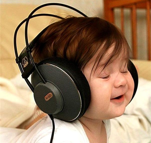 Маме в копилку ЭФФЕКТ МОЦАРТА Моцарт «самый подходящий» композитор для малышей. Огромное количество научных исследований, проводившихся во многих странах мира, свидетельствуют о том, что
