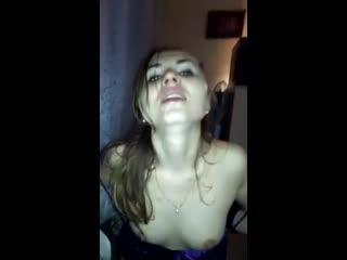 Кончаю в рот сексвайф пока муж на даче,а она хочет ещё....