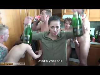 Czech_Czech_Home_Orgy_10_part_9 чешская оргия