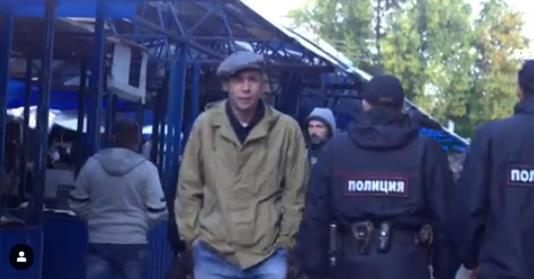 """Кадр из нового фильма Алексея Панина, который скоро выйдет, """"Я вернулся""""."""