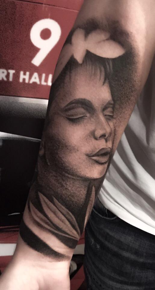 ⚫ Художественная татуировка .