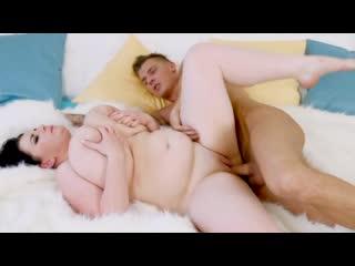 Big Fat Fuckin Tits / Большие Жирные Ебучие Сиськи (Siri, Harmony Reigns, Alana Lace, Anna Beck, Barbara Angel)