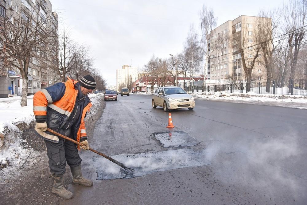В Ярославле определен подрядчик по ямочному ремонту дорог