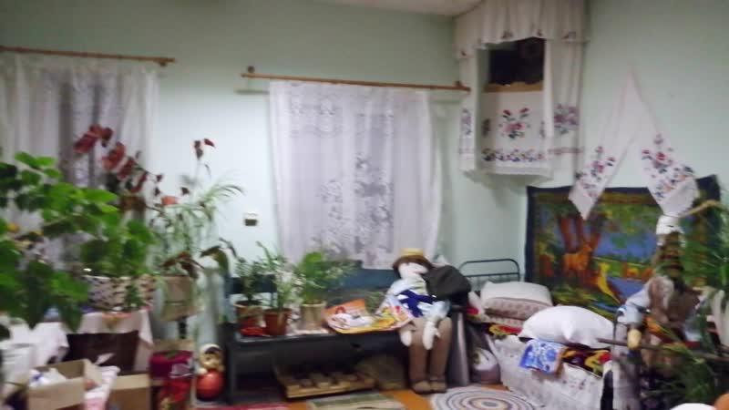 Невдольск. Музей быта. Выставочная комната предметов старины в Клубе.