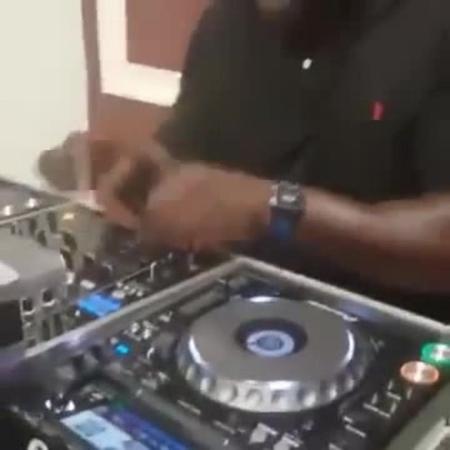 Shaq as a DJ · coub коуб