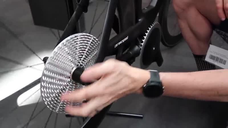CeramicSpeed DrivEN 99% Efficient Drive Shaft Chain Free Bike Eurobike 201