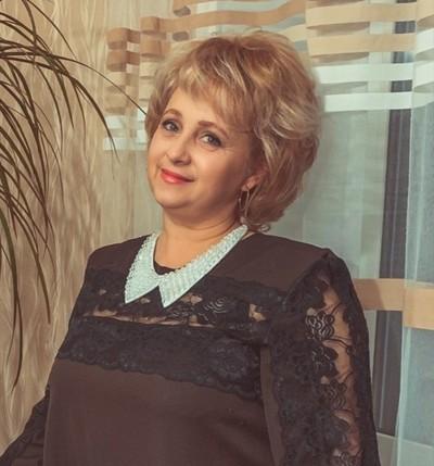 Larisa, 52, Pskov