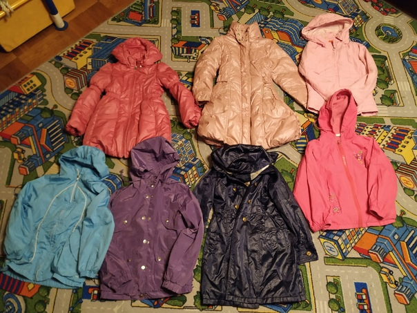 Пакеты одежды для девочки - в основном новые, част...