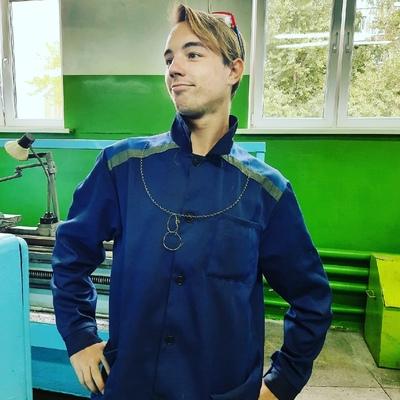 Антон, 19, Brest
