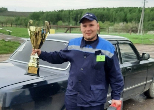 Студент из Петровска Вадим Захаров победил в областной олимпиаде профмастерства