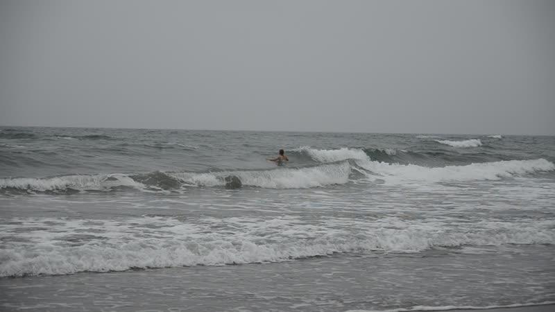 Серые волны Татарского пролива