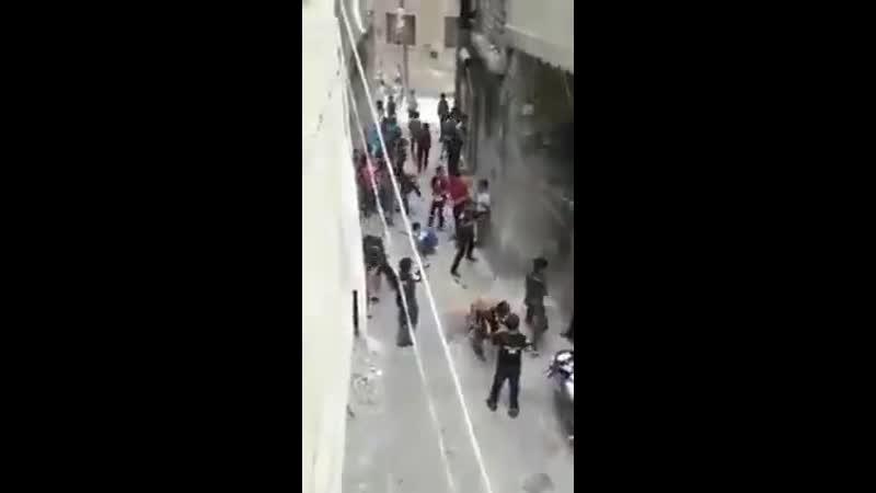 اشتباكات عنيفة منذ الصباح وحتى الان في معظم احياء ادلب وريفها بجميع انواع اسلحة الخرز وهجو