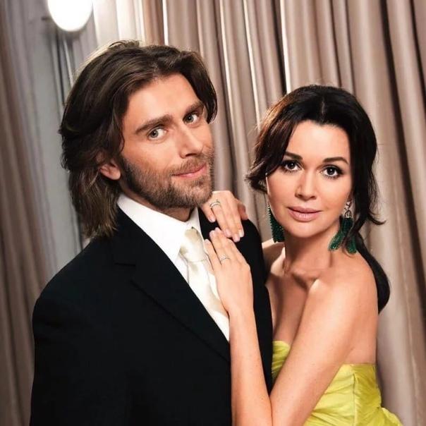 Анастасия Заворотнюк отметила с мужем шелковую свадьбу!