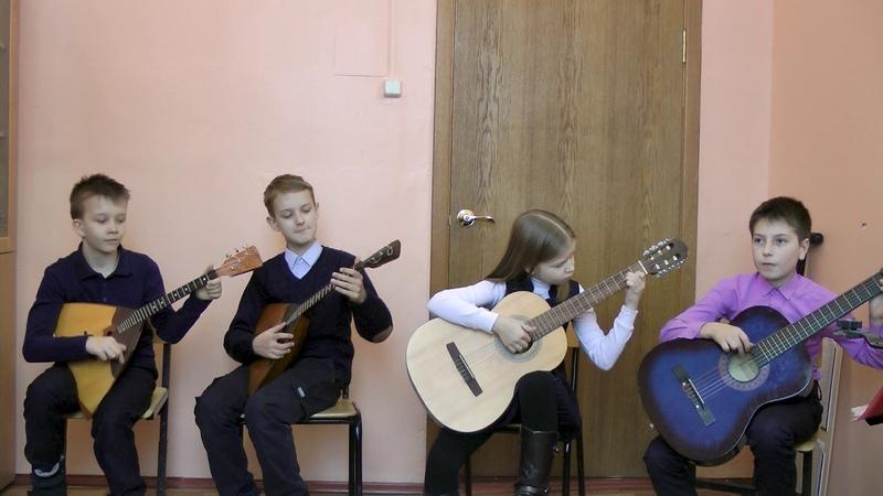 Ансамбль русских народных инструментов 10 лет Во саду ли в огороде Юхновская школа искусств
