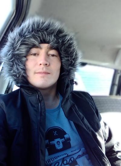 Aleksandr, 24, Uyskoye