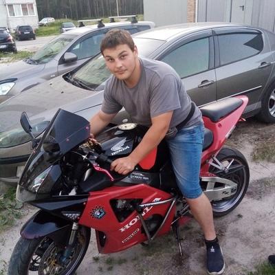Artem, 19, Fokino
