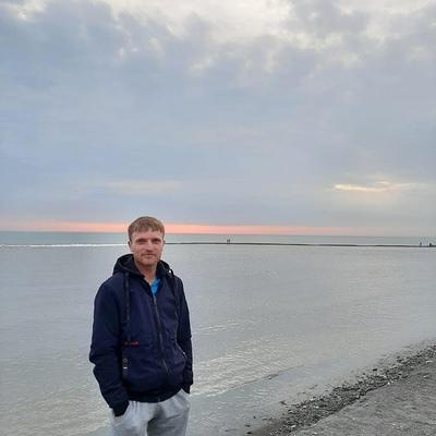 Сергей, 28, Dubovka
