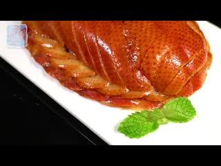 Утка по-пекински  одно из самых известных блюд китайской кухни